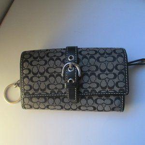 Vintage coach key wallet black C's signature